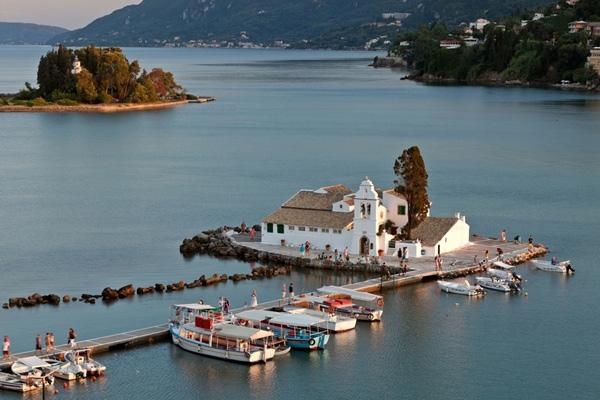 เกาะ Pontikonisi, ประเทศกรีซ