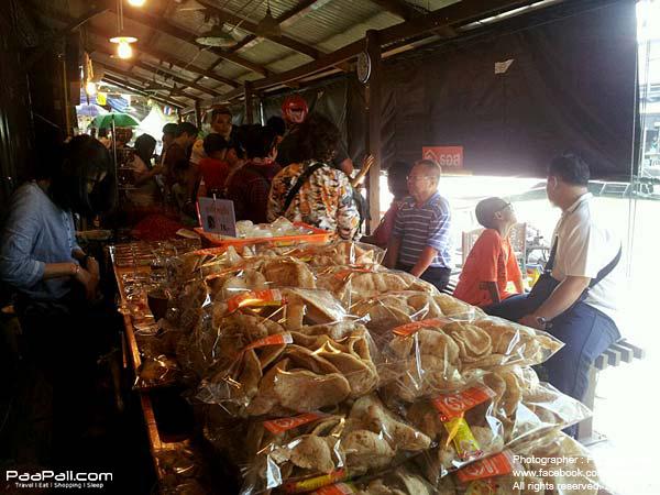 ตลาดน้ำอัมพวา (10)