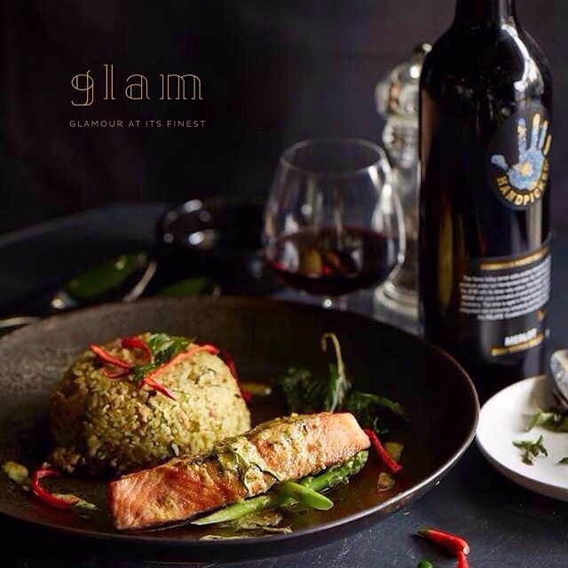 Fried Rice Salmon with Green Curry Sauce